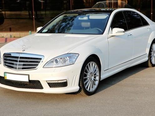 Mercedes-w221