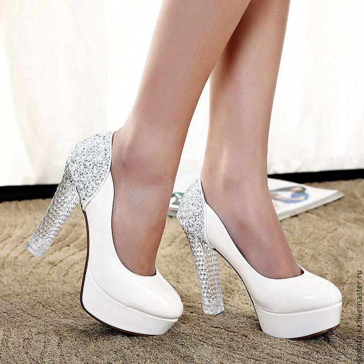Как подобрать правильную обувь на свадьбу?